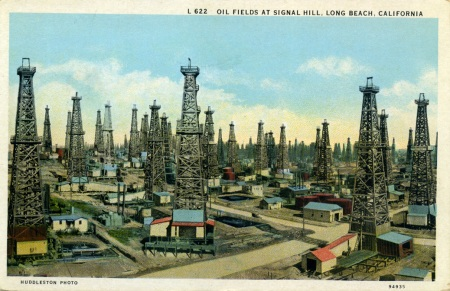 Oil_Fields_at_Signal_Hill_Long_Beach_California_L622